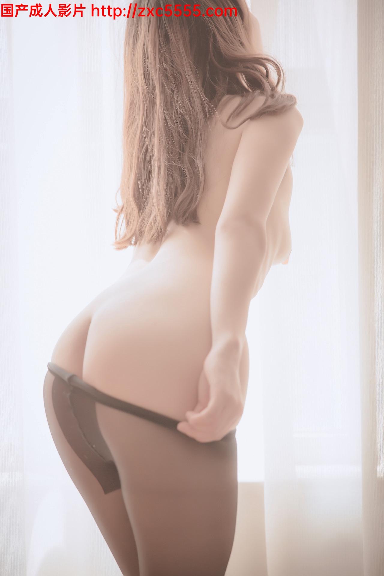 网络红人@小鸟酱才不会拍照呢 最新淫脚酥口大尺度写真